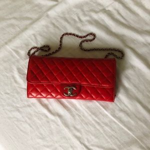 Chanel vintage quilted red lambskin E/W WOC